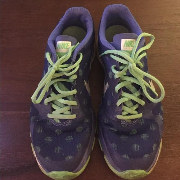 Nike Shoes - Women's Nikes